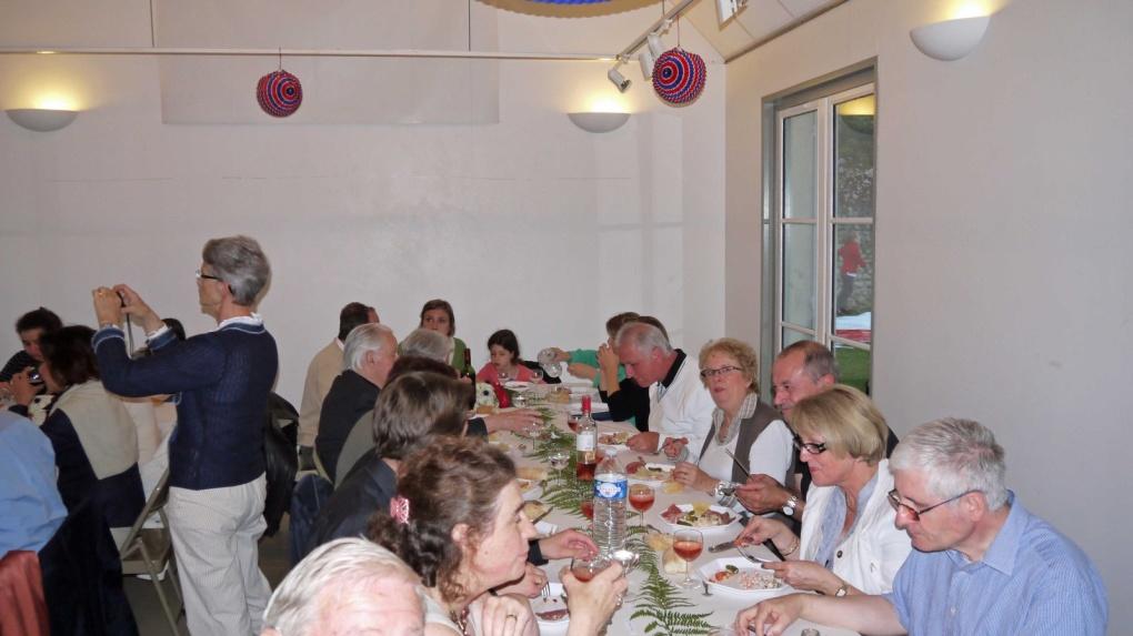 Noël de la municipalité 2011 aux enfants du village
