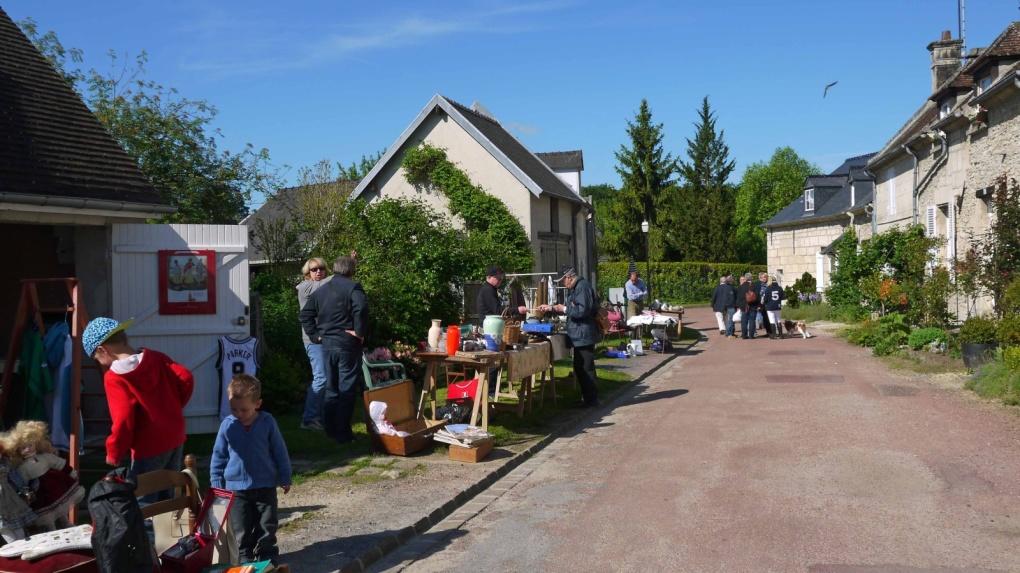 14 décembre 2012, le maire et le conseil municipal présentent leurs vœux aux habitants de Saint Jean. Nombreux sont ceux qui ont répondu à leur invitation.
