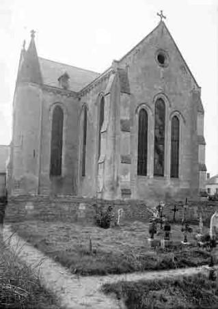 Cimetière et église-1