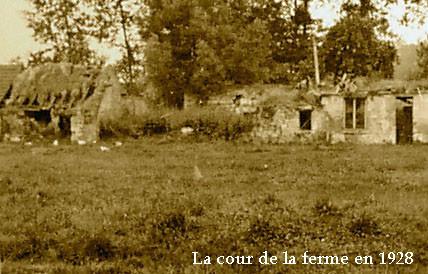 Ferme-Cour-1928---copie-copie.jpg